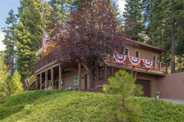 Goose Bay Hideaway- 121 Lake Almanor West Dr., Lake Almanor West