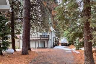 Campion- 1020 Peninsula Dr.- Lake Almanor Country Club