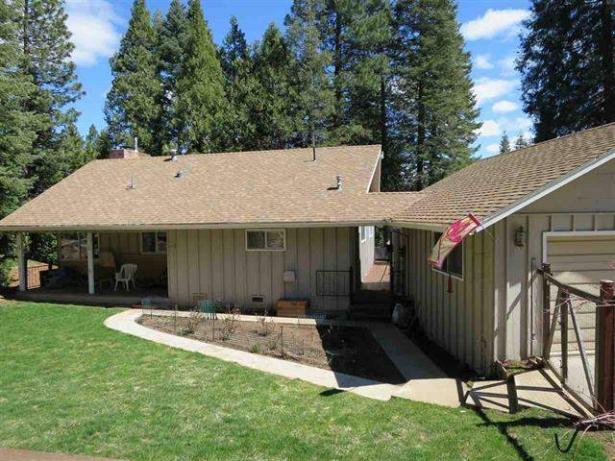 Spacious Cabin 619 Lake Ridge Road Lake Almanor CA