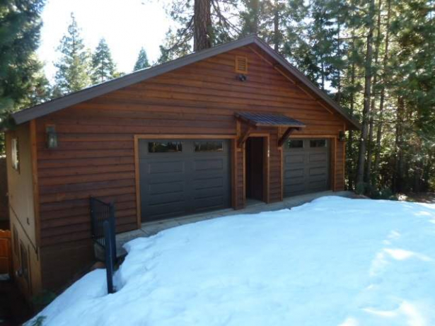 Lake Front Cabin…118 Peninsula Drive