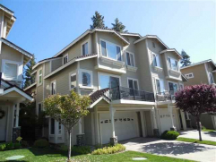 Lakefront Living….90 Lakeside Drive, Peninsula