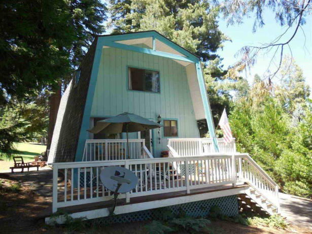 Mumma 1109 Lake Ridge Rd. Lake Almanor Country Club