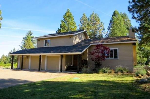 17th Hole at Bailey Creek…3 Dinsmore Drive Bailey Creek, CA  96137