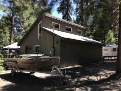 Lakefront Value….182 Peninsula Drive