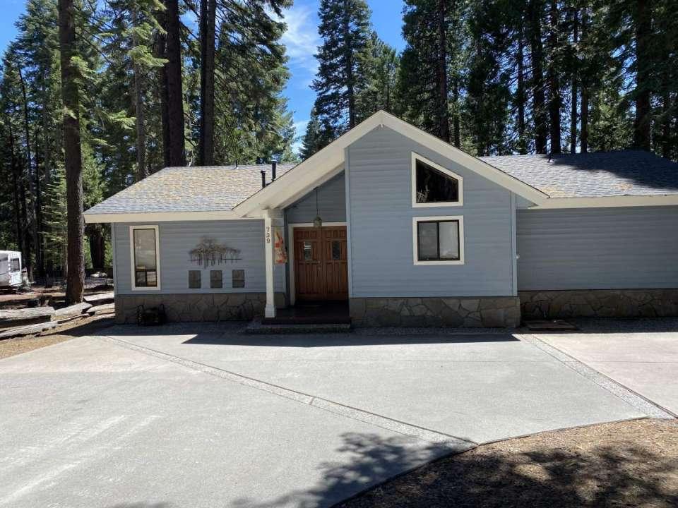 Newsum-739 Conifer Trail Lake Almanor Country Club