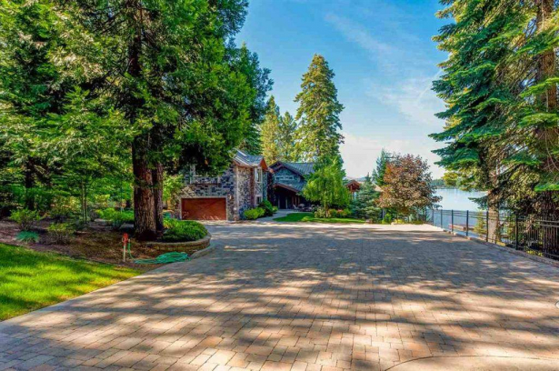 Amazing Lake Front Home