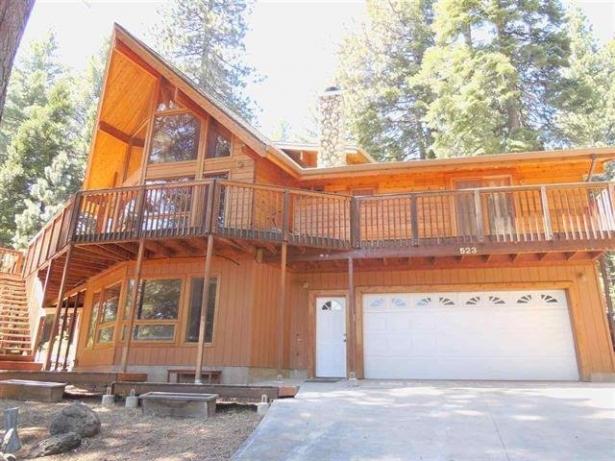 Immaculate Home on the Peninsula…523 Peninsula Drive, Lake Almanor