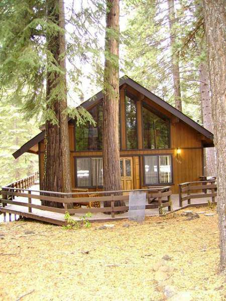 NOT RENTING AT THIS TIME!!!**** Miller- 1220 White Fir Trail- Lake Almanor Country Club