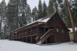 Mountain Ridge Lodge, Lake Almanor Country Club